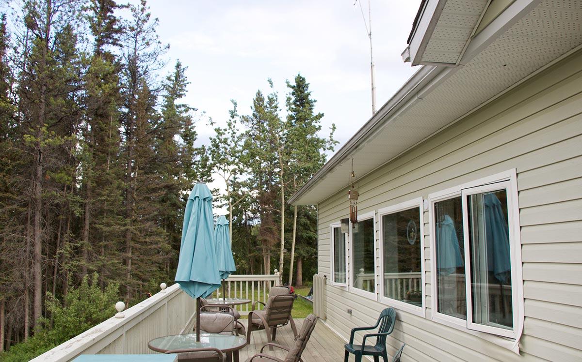 Johnson S Crossing Lodge Alaska Highway Motel Rv Park